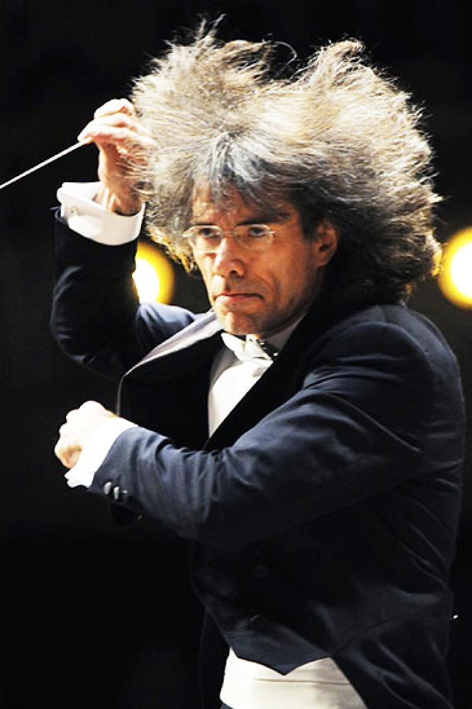 Dirigent Jevgenij Buškov