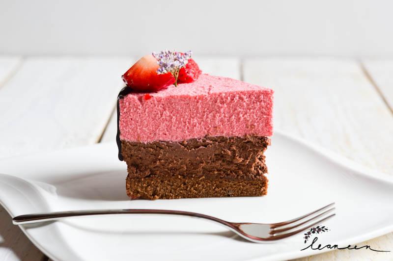 Valentinova-torta-s-čokoladno-jagodnim-moussom-1-of-1