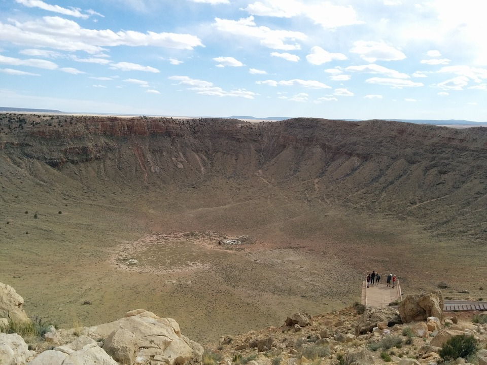 crater-408063_960_720